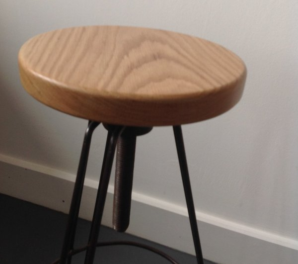 Adjustable Hairpin Stool (oak seat)